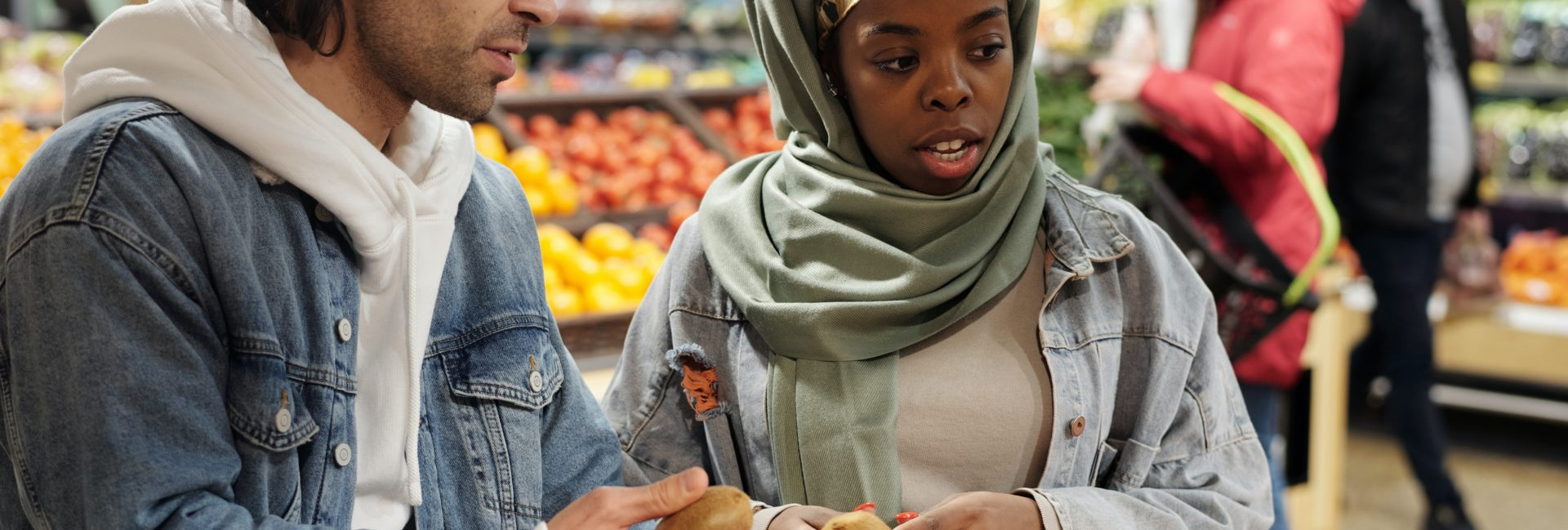 TMWT X MUZMATCH: Are Young Muslims Shifting Towards Egalitarian Marriages?